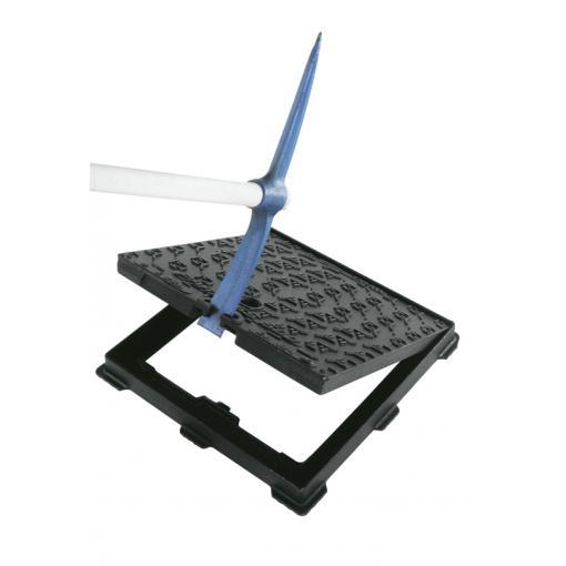 Facile apertura del chiusino in ghisa sferoidale - PARXESS ®